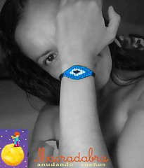 Pulsera ojito turco #macrame (Macradabra) Tags: bracelet macram manillas armparty frienshipbracelets macradabra ojitosturcos