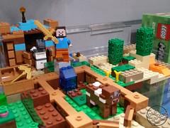 Toy Fair 2017 LEGO Minecraft 29 (IdleHandsBlog) Tags: minecraft toys videogames lego constructionsets toyfair2017