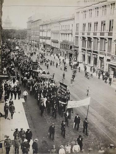 Factory delegation, Petrograd 1917