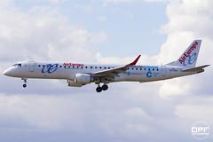 EC-KXD (Escursso) Tags: barcelona plane canon airplane wings europa aviation air bcn spotting avion embraer avions avio lebl erj190200lr 195lr eckxd