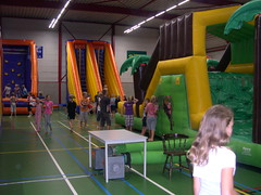 "zomerspelen 2013 Adventurepark • <a style=""font-size:0.8em;"" href=""http://www.flickr.com/photos/125345099@N08/14403902001/"" target=""_blank"">View on Flickr</a>"