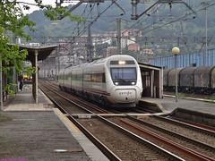 120 (firedmanager) Tags: 120 train tren 121 caf avant renfe pasaia altavelocidad adif automotor alvia largadistancia renfeoperadora