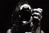 autoretrato (Ximena Cenzano Avila) Tags: blanco y negro autoretrato mano pelo anillos timida
