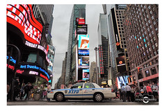 NYPD (Vinicius Portelinha) Tags: usa newyork ford nikon nypd eua timessquare nasdaq vinicius novayork portelinha viniciusportelinha