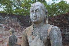Old statues Polonnaruwa