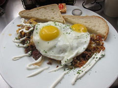 99 Problems - beef with hash browns, 2 sunny side up eggs (theminty) Tags: sf sanfrancisco breakfast diner unionsquare dinerfood theminty themintycom