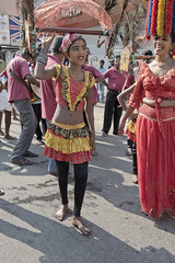 SL176 Colombo 26 - Sri Lanka (VesperTokyo) Tags: street barefoot actress actor streetperformer srilanka ceylon colombo スリランカ 裸足 コロンボ セイロン