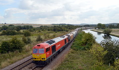 60015 Top n Tail with 66148 passing Swinton with the 6E51 Peak Forest to Selby, 2nd Sept 2014. (Dave Wragg) Tags: diesel railway loco locomotive tug 60015 swinton class60 dbschenker 6e51