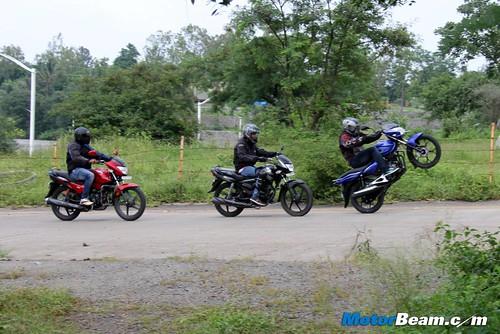 Honda-Shine-vs-Discover-125M-vs-Hero-Glamour-21
