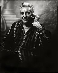 La Gente Va a Hablar (Giovanni Savino Photography) Tags: portrait papernegative portraiture 8x10camera caffenolc magneticart henryfiol giovannisavino gundlachmanhattanlens 8x10deardorffcamera lagentevaahablar henryfiolportrait henryfiolnewsingle henryfiolnewrelease