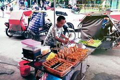 Bananacue Vendor - Manila, PH (j.dominiq) Tags: street philippines scene banana manila fujifilm vendor x100s fujifilmx100s