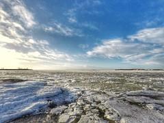 Eiranranta, Helsinki, March 15th 2017. #eiranranta #visithelsinki #helsinki #visitfinland #gopro #hero5 #goprohero5 #meri #sea #landscape #seascape #jää #ice #jäässä #jäätynyt #frozen #sunrise #auringonnousu (Sampsa Kettunen) Tags: landscape jäässä ice jäätynyt helsinki eiranranta jää auringonnousu hero5 meri sea gopro frozen visitfinland visithelsinki seascape sunrise goprohero5