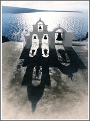 The Bells of Oia (high key version) (kurtwolf303) Tags: oia greece hellas griechenland bells glocken glockenturm ocean sea meer olympusem5 omd microfourthirds micro43 lichtschatten lightshadows europe santorini holy thira unlimitedphotos 250v10f topf25 topf50 kurtwolf303 mirrorlesscamera systemcamera topf75 sakral church kirche greekorthodoxchurch orthodox 500v20f topf100 750views 800views topf150 1000v40f 1500v60f 2000views topf200