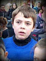 Curious (Cavabienmerci) Tags: bremgarter reusslauf 2016 bremgarten suisse schweiz switzerland run running race sport sports runner läufer lauf course à pied coureur boy boys earring earrings