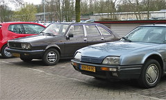 Classic couple / 100 (ClassicsOnTheStreet) Tags: classic amsterdam french couple diesel 1987 duo citron cx renault turbo 25 80s pairs streetphoto spotted frans 1983 gti 1980s limousine streetview r30 entrepotdok youngtimer klassieker gespot turbo2 2013 straatfoto carspot classiccouple 23rgkz rh74hz