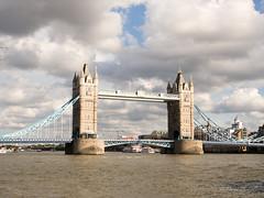 London, Londra (davdenic) Tags: city bridge england london tower english museum pub tea tee londra inghilterra