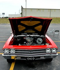 1969 Chevrolet Chevelle 454 (Adventurer Dustin Holmes) Tags: chevrolet 1969 ss engine chevelle chevy motor carshow supersport 454 carshows 2014carshow 2014carshows