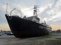 M477 Oudenaarde / Antwerpen (rob4xs) Tags: museum boot boat marine ship belgium belgi vessel 1958 antwerp schelde antwerpen flanders minesweeper scheepvaartmuseum schip vlaanderen oudenaarde m477 belgiannavy mijnenveger belgischemarine