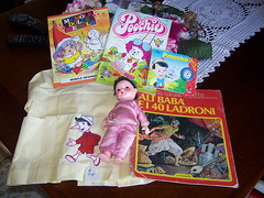 Trouvailles (sonya_ippo) Tags: family sunshine vintage doll dolls paolo famiglia lola barbie mini polly lucia pocket felice pinocchio franca mattel brunello bambole bambola effe cicciobello sebino zambelli zanini furga italocremona migliorati