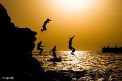 La composizione (Davide Legnani) Tags: sea canon tramonto mare tenerife tamron siluette oceano orizzonte canarie oceanoatlantico loscristianos eos650d canoneos650d islandscanary tamronaf18200mmf3563xrdiiildmacro legnadax