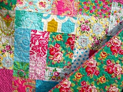 All Jennifer Paganelli Quilt (sewfunbymonique) Tags: quilt poodle patchwork custom beautyqueen superfly happyland prettyplease luckygirl sisboom jenniferpaganelli
