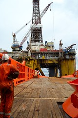 John Shaw (Haakoon) Tags: offshore rig johnshaw ahts anchorhandler rigmove normandneptun