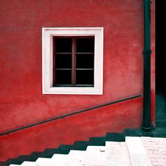 facciata rossa (mluisa_) Tags: