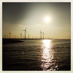 Evening in the Eemshaven seaport #Groningen #windmills #Eemshaven #Netherlands #sunset (Jos Mecklenfeld) Tags: sunset haven apple netherlands waddenzee port windmills groningen seaport 5c iphone waddensea eemshaven hipstamatic janelens inas1982filmrol appleiphone5c