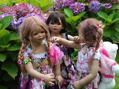 Tivi Setina und Anne-Moni ... (Kindergartenkinder) Tags: dolls annette wasserburg burg tivi hülshoff havixbeck setina himstedt annemoni kindergartenkinder