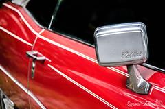 Cadillac (meepeachii) Tags: auto red rot cars closeup cadillac oldtimer autos nahaufnahme uscars