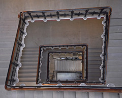 'Servant Staircase' (EZTD) Tags: england london architecture foto photos photographs fotos londres oh openhouse stpancras stpancraschambers midlandhotel 2014 fotograaf londonengland opencity accessallareas stpancreas openhouseweekend openhouselondon londonphotos eztd eztdphotography photograaf architecturalopendoors eztdphotos openhousers londonimagenetwork oh2014 broffices myopenhouse