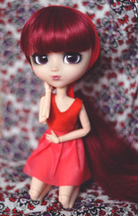 Miyuki - Pullip Bloody Red Hood (Dragonella~) Tags: miyuki pullip bloody red hood doll obitsu bloodyredhood pullipbloodyredhood pullipobitsu pullipbrh pullipdoll pullipmiyuki groove fashiondoll dragonella nikon d5100 purple