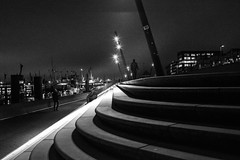 an evening to remember / an evening to forget (Özgür Gürgey) Tags: 2017 bw baumwall d750 darkcity hafen hamburg nikon architecture cold dark evening grainy lowlight steps germany 35mm samyang