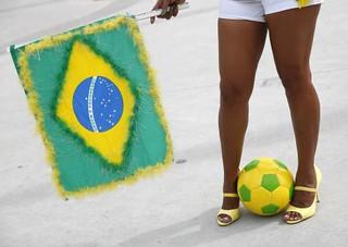 路透特写:巴西二度主办世界杯 64年的变与不变