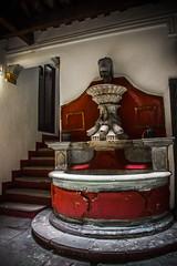Fuente en casa de Diego Rivera (Kazyel) Tags: mxico stairs mexico font diegorivera guanajuato escaleras fount kazyel ncphoto canont3i canoneosrebelt3i vladimirfotografa
