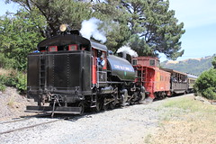 Clover Valley Lumber Co. #4 (Baldwin 2-6-6-2T Mallet) in Niles Canyon, CA (CaliforniaRailfan101 Photography) Tags: hk up steam caboose chi unionpacific mallet ge porter baldwin steamlocomotive alco e