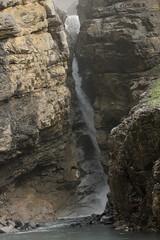 Wasserfall - Waterfall eines Bergbach ( Creek - Bach ) am Oeschinensee ( Bergsee - See - Lac - Lake ) oberhalb von Kandersteg im Berner Oberland im Kanton Bern in der Schweiz (chrchr_75) Tags