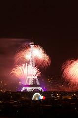 Tour Eiffel 6 (warmith) Tags: paris tower pose long exposure tour pentax sigma eiffel fte 14juillet 2014 k7 longue sigma70300mmf456dgapo warmith