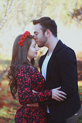 (some_stuff) Tags: red brazil woman man love beauty canon 50mm kiss couple warm serenity youngcouple