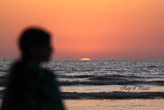 Stay there... (Ray of Peace: Sunsets are Love) Tags: sunset seascape love canon landscape hope focus thought ray peace sweet dream vision harmony depth stay in rayofpeace kirannasir