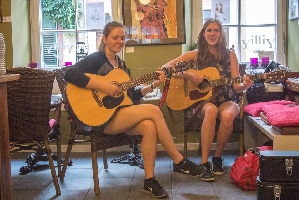 Heidelberg girls