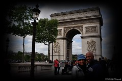 The Arc de Triomphe from Champs-lyses (Little Italy Photography) Tags: city travel paris france tourism photography nikon memorial europe capital citylife warmemorial arcdetriomphe europeanunion destinations historicalsites capitalcities colorimage avenuedeschampslyses nikondigitalslr nikond90 hccity nikon70300mmf4556gedifafsvrnikkorzoomlens nikon18105mmf3556gedifafsvrnikkorzoomlens