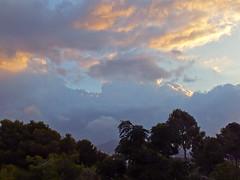 Despertar azul........1 (David.gv60) Tags: españa costa color azul spain mediterraneo natural natur amanecer cielo nubes daybreak nwn moraira 365dias hs30exr