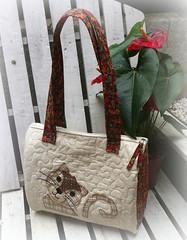 BoLsA Do GaTo (DoNa BoRbOlEtA. pAtCh) Tags: bag handmade application patchwork bolsa applique aplicao quiltlivre donaborboletapatchwork denyfonseca