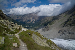 direction Val Bernina (Toni_V) Tags: sky alps nature clouds landscape schweiz switzerland europe suisse hiking 28mm rangefinder glacier trail alpen svizzera gletscher engadin wanderung m9 wanderweg 2014 oberengadin morteratsch graubünden grisons svizra hüttenweg grischun morteratschgletscher elmaritm messsucher bovalhütte pizalbris ©toniv leicam9 140822 valbernina engiadin'ota l1017953 pasculsdaboval