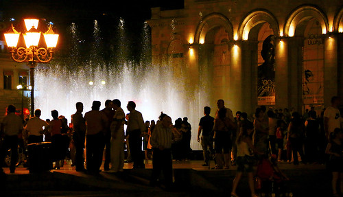 R 2014 Armania Yerevan Music Fountain Square IMG_7…