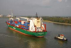 NileDutch Luanda (larry_antwerp) Tags: haven port ship belgium vessel container antwerp schip niledutch niledutchluanda 9334387 pollevantshipping