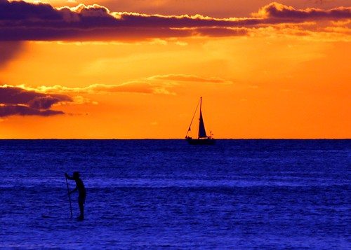 sunset sun beach island hawaii boat stand surf sailing view waikiki oahu paddle down sail hi honolulu hnl konomark
