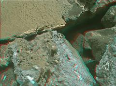 Curiosity MAHLI sol 1023 anaglyph a (2di7 & titanio44) Tags: mars rover anaglyph nasa curiosity jpl caltech malin msss mahli
