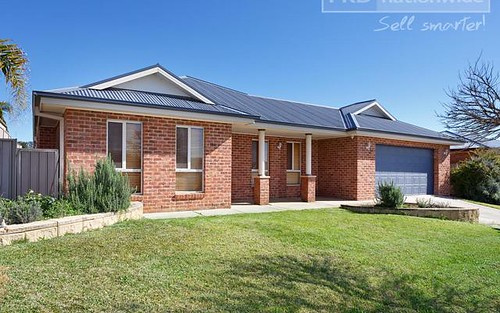 9 Fisher Place, Lloyd NSW 2650